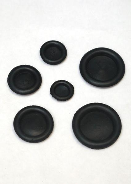 заглушки защитные с отверстием от 16 мм до 40 мм